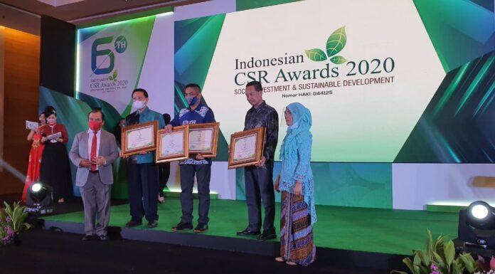 PT Semen Tonasa kembali mengukir prestasi gemilang di kancah nasional, Satu Gold dan Empat Platinium menjadi raihan terbaik di Ajang Indonesian CSR Awards Social Investment dan Sustainable Developmant Tahun 2020. (Humas ST).