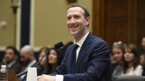 CEO Facebook, Mark Zuckerberg saat memberikan kesaksian di depan Senat AS, Selasa (10/4/2018). [AFP]
