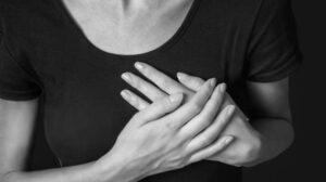 Lebih Beragam, Kenali Gejala Serangan Jantung Pada Perempuan Ilustrasi serangan jantung. (Sumber: Shutterstock)
