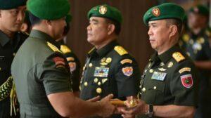 Pangdam XIV Hasanuddin Mayjen TNI Andi Sumangerukka memasuki masa pensiun / [SuaraSulsel.id / Kodam Hasanuddin]