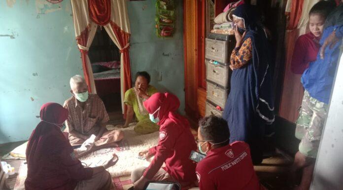 Tim kesehatan Public Safety Center(PSC) 119 Pangkep dengan tagline Sijagai, menyiapkan berbagai layanan gratis.