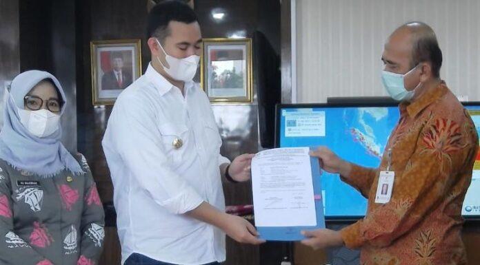 Pemerintah Kabupaten Pangkep, terima bantuan mobil dapur umum lapangan (Dumlup) penanggulangan bencana dari Kementerian Sosial. (Ist).